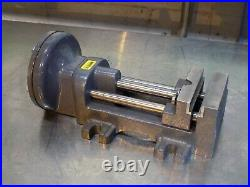 Heinrich Single Acting Air Vise with Foot Pedal Control 4 Jaw Width 4-5/8Opening