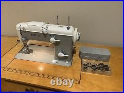 PFAFF 260 Vintage Automatic Sewing Machine with Foot Pedal