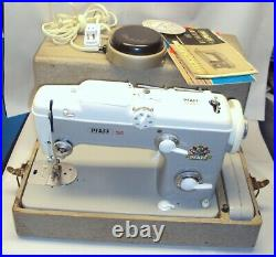 PFAFF 260 Vintage Automatic Sewing Machine with Foot Pedal, Case & Manual