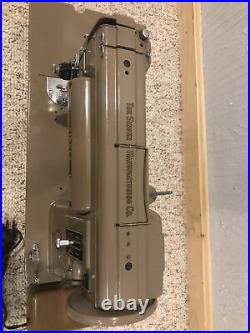 Singer MFG Co. 301A Sewing Machine with Foot Control Pedal Beige Tested Working